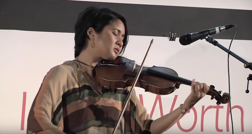 Improvisational violin performance and thoughts on the theme|Alma Cielo
